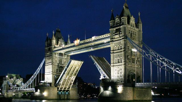 Tower Bridge-London-RatedApartments