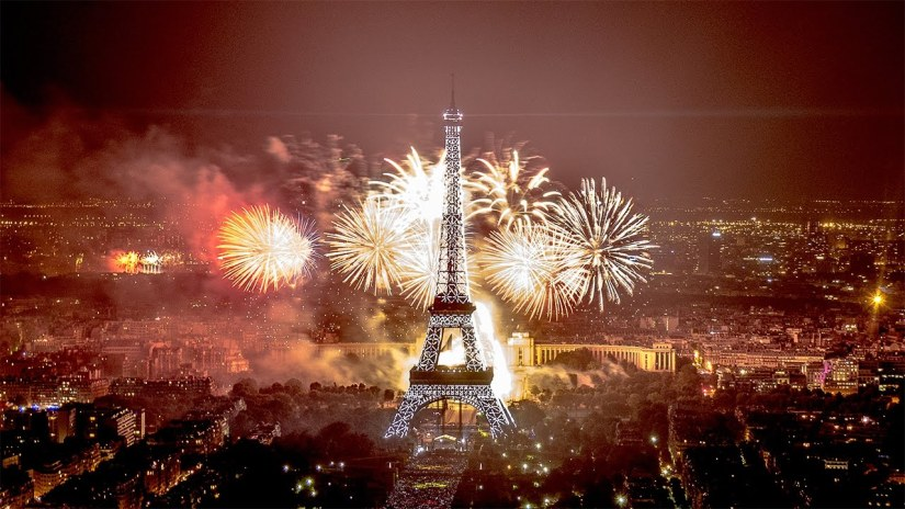 New Year Tradition in Paris